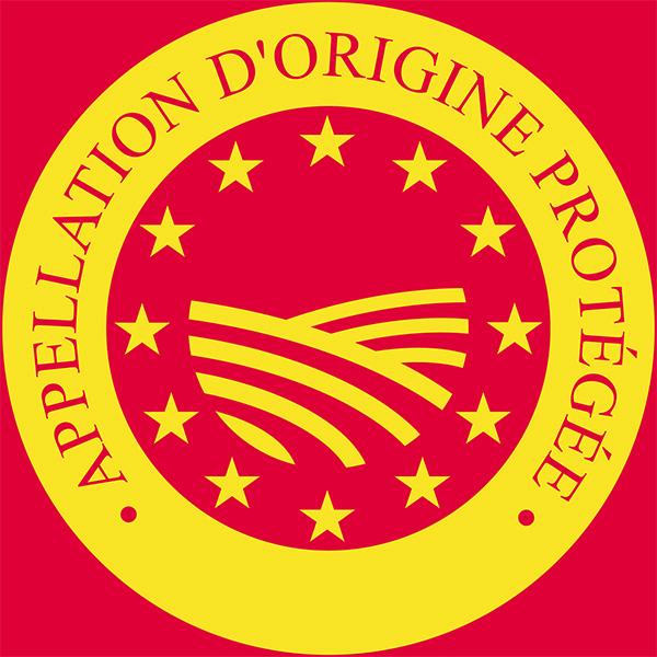 Chevrotin-Fromage-de-chevre-AOP_Page-TERROIR-ET-TERRITOIRE_logo-AOP